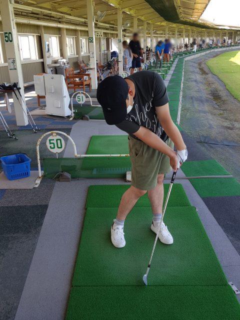 ゴルフ掌屈インパクト