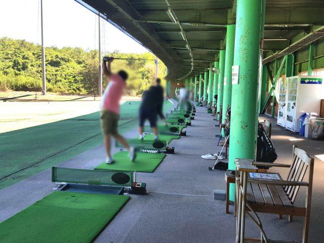 ベストゴルフ練習場打席